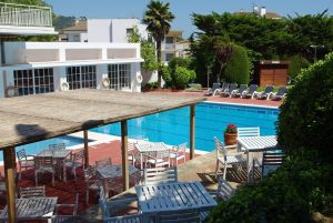 beach wheelchair accessible hotel spain